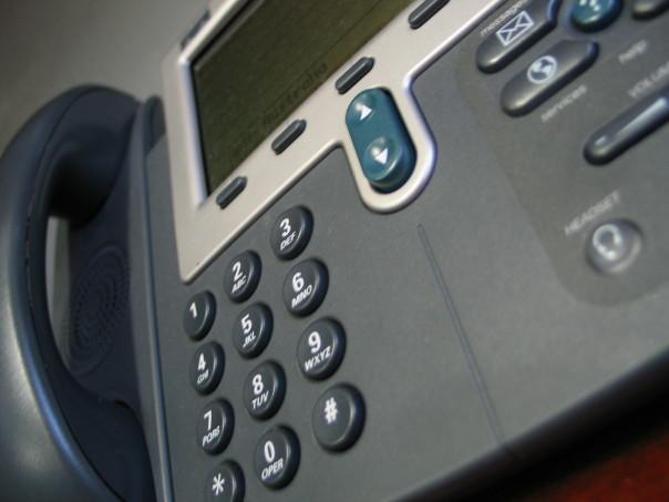 cisco-phone-close
